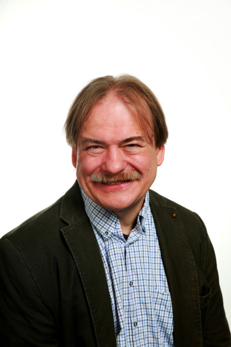 Michael Dyes